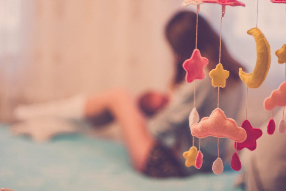 Alăptarea la sân are multe beneficii pentru mamă și copil