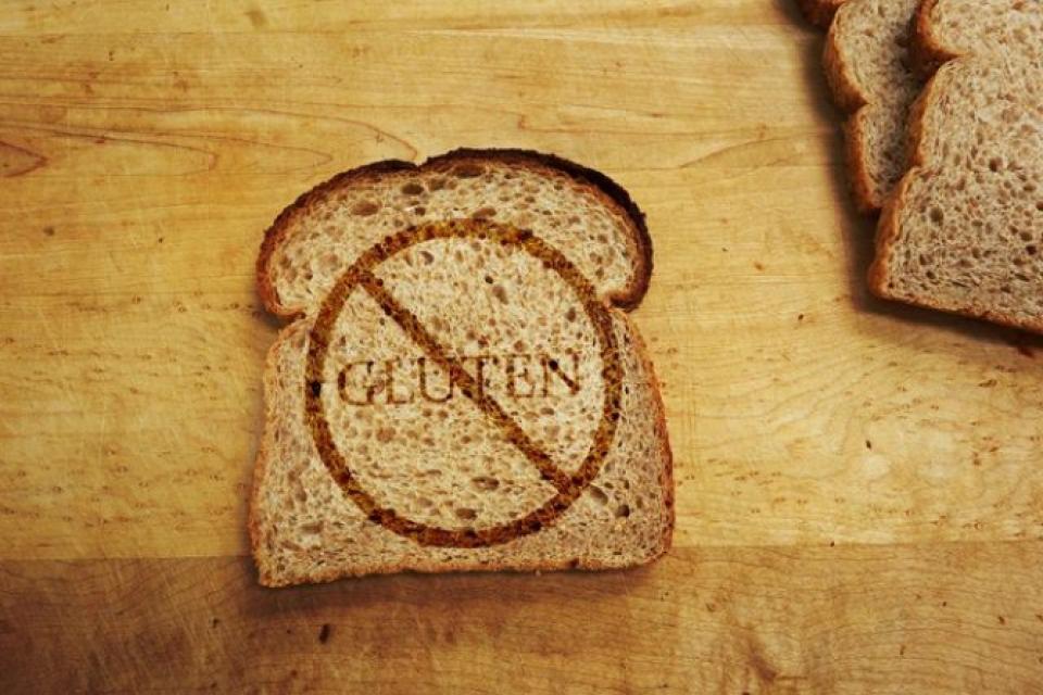 Dieta fără gluten este de folos doar celor care suferă de boala celiacă sau hipersensibilitate la gluten