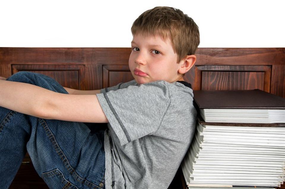 Utilizarea prelungită a dispozitivelor poate duce la simptome de ADHD