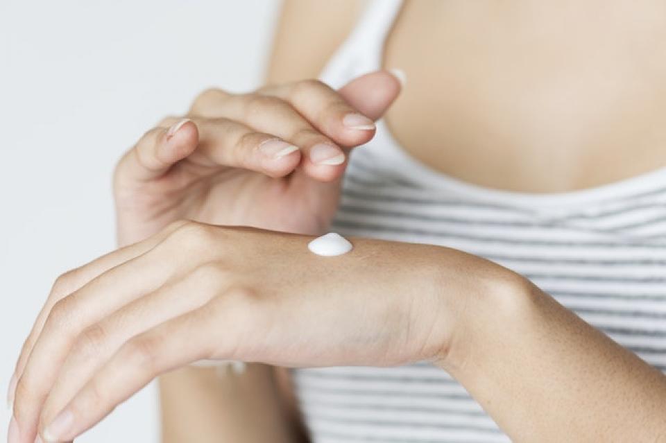 Cremele de protecție solară ar putea afecta producța de vitamina D
