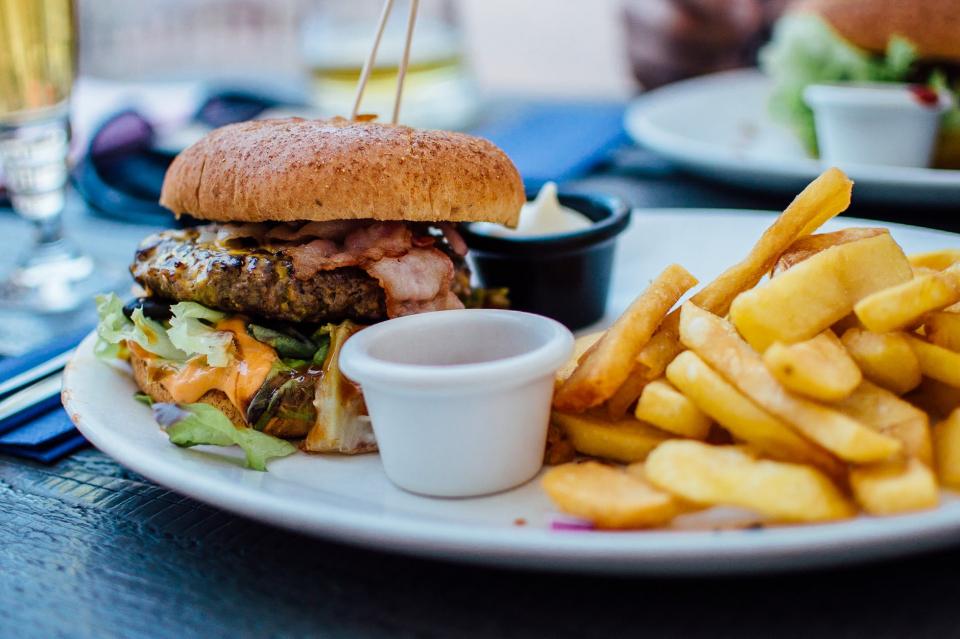 Specialiști cercetează care ar fi cele mai sănătoase diete pentru corp