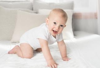 Râsul bebelușilor este diferit de al adulților