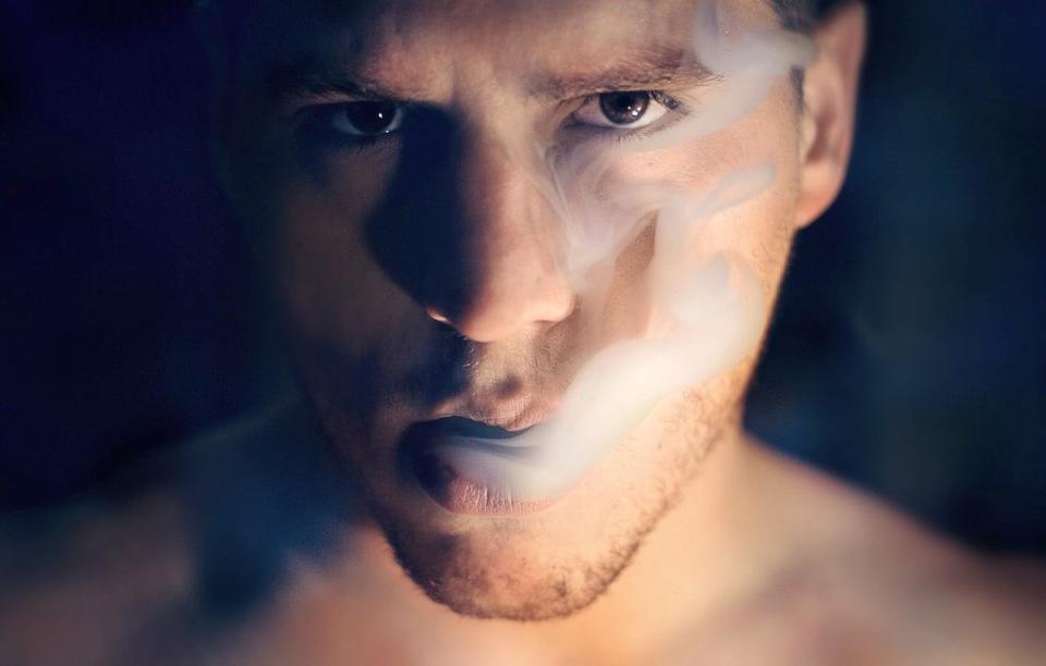 Expunerea la fumatul pasiv afectează viața copilului nenăscut