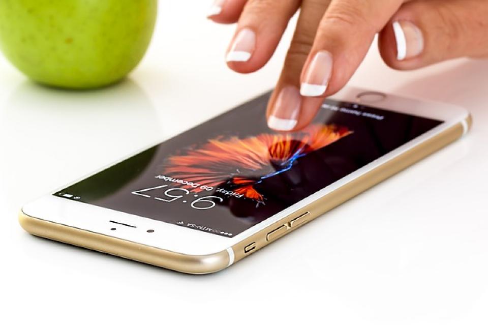 Telefonul mobil nu are nicio legătură cu cancerul cerebral