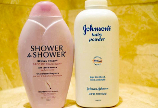 Cele două produse ale Johnson & Johnson acuzate că au provocat cancer. Foto: johnsonbecker.com