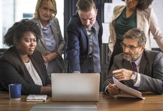 Stresul se acumulează din cauza cerințelor din ce în ce mai mari la locul de muncă