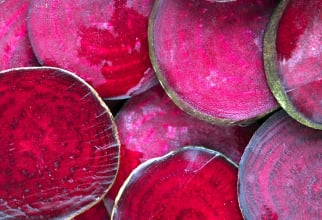 Sfecla roșie conține foarte multe vitamine și minerale esențiale pentru organism