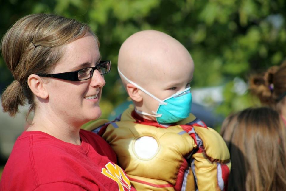 Sute de copilasi, unii sub 4 anisori, sunt diagnosticati anual cu cancer in România