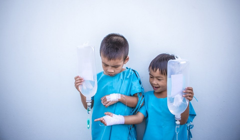Șase copii au ajuns la spital, doi fiind găsiți cu norovirus