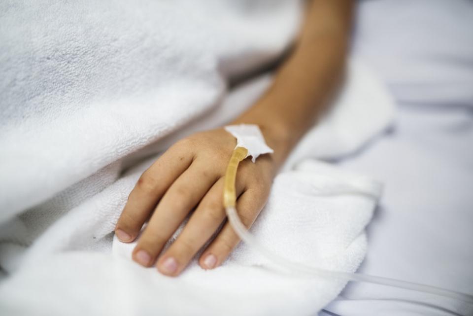 Două persoane au decedat și alte două sunt infectate din cauza unei bacterii rezistente la antibiotice care dă des infecții nosocomiale