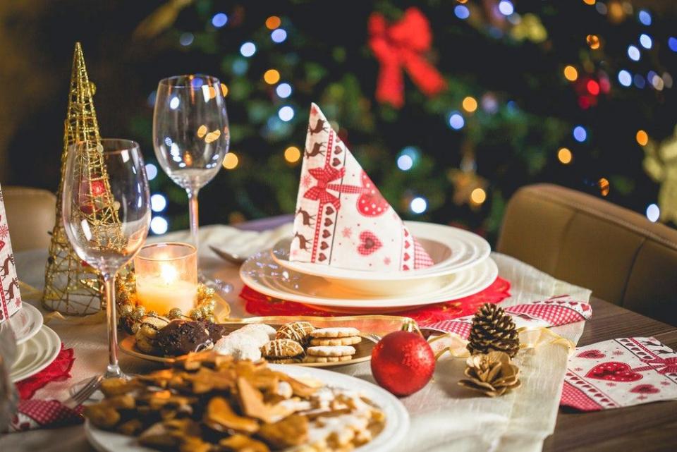 Nu e musai să mănânci dintr-o dată tot ce pui pe masa de Crăciun.