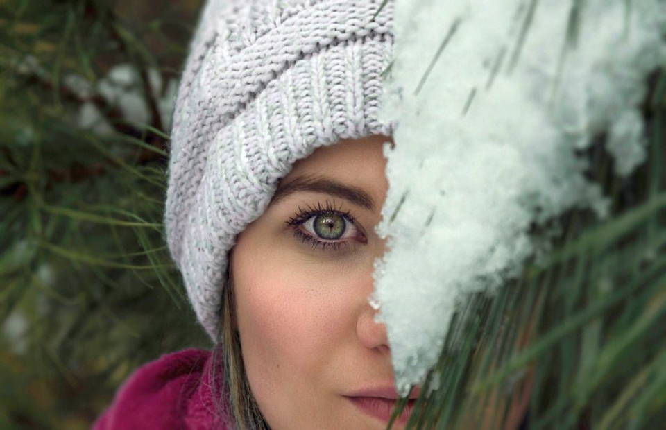 Ochii se usucă iarna din cauza lipsei de umiditate