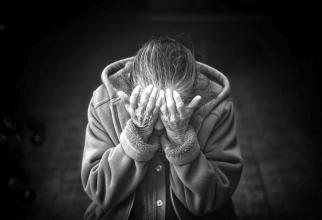 Boala Alzheimer are primele semne cu zeci de ani înainte