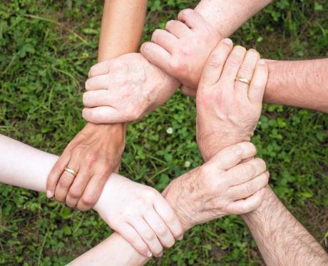 Durerile de artrită s-ar putea să nu aibă nicio legătură cu schimbările meteo