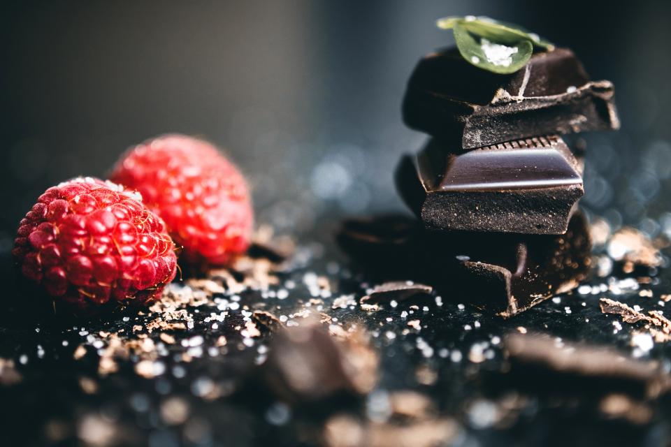 Ciocolata poate fi un declanșator al migrenei, susțin unii medici