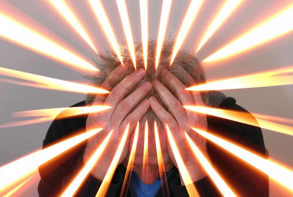 Migrenele po fi declanșate de mai mulți factori