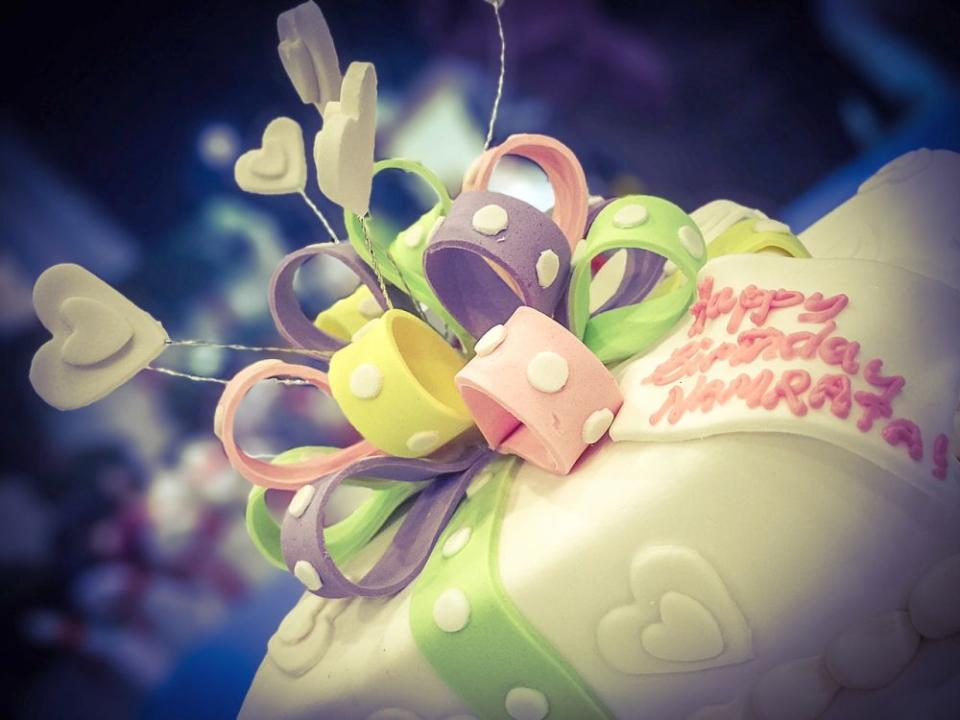 Nu toate decoratiunile pentru tort sunt comestibile
