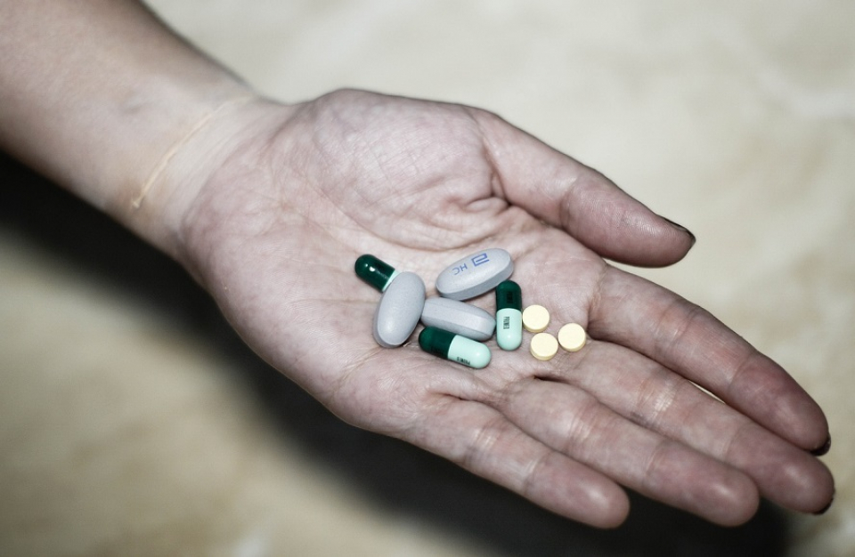 Persoanele tratate cu steroizi pe termen lung pot suferi efecte secundare