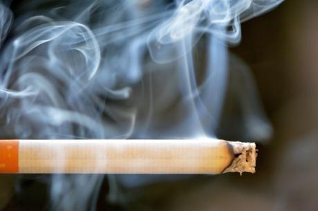 Fumatul crește riscul cancerului pulmonar