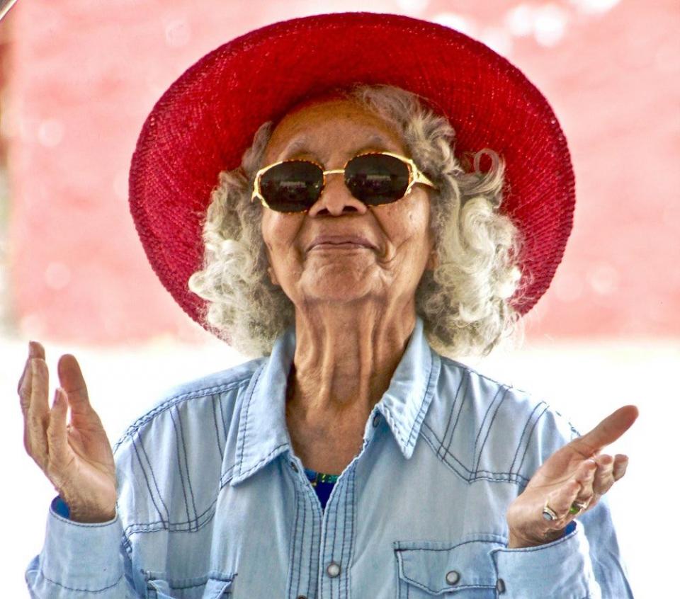 Femeie în vârstă   FOTO: pexels.com