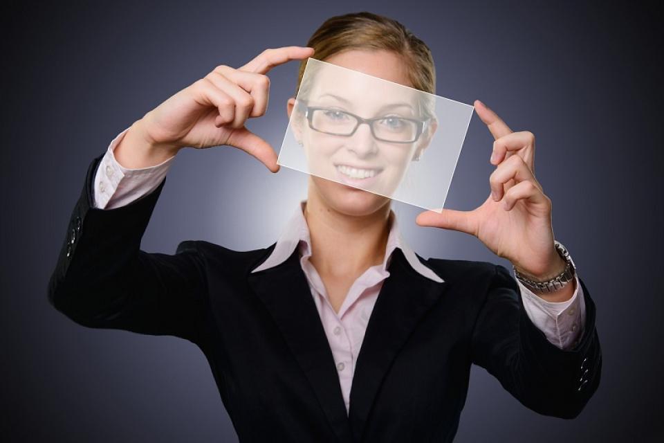 Privind imagini poate fi mai eficient decât ascultând sfaturi