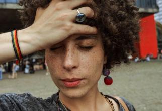 Dacă aveți dureri de cap, cel mai bine ar fi să mergeți la un consult  FOTO: pexels.com