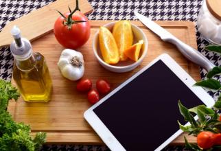 Uleiul de măsline e preferat pentru salate datorită aromei FOTO: pexels.com