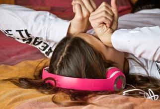 Câteodată amețești când te trezești din somn și dai să te ridici din pat