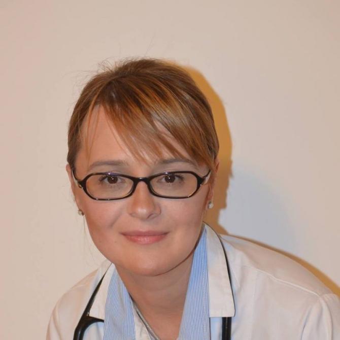 Medicul Andrada Bogdan de la Spitalul Clinic Sanador din București