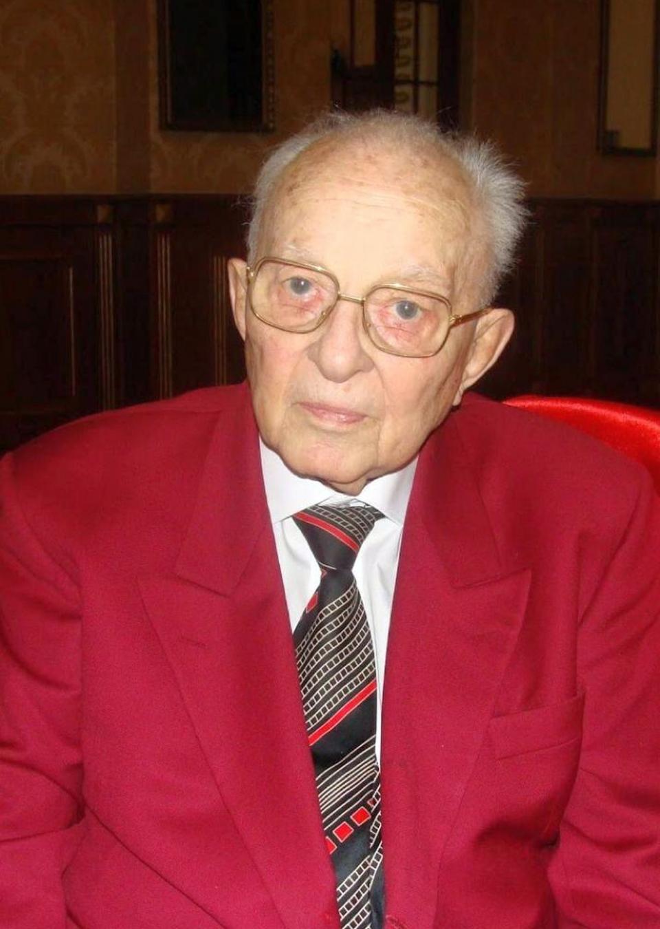 Regretatul acad.prof.dr. George Litarczek avea 94 de ani