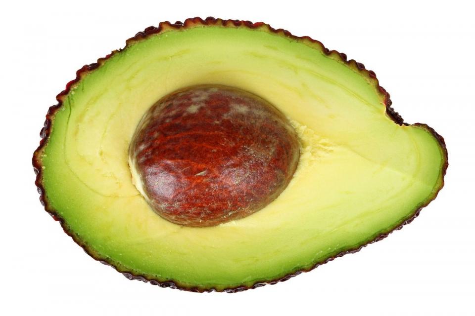 Sâmburele de avocado, aruncat până acum la gunoi, ar putea fi sursa unui nou medicament