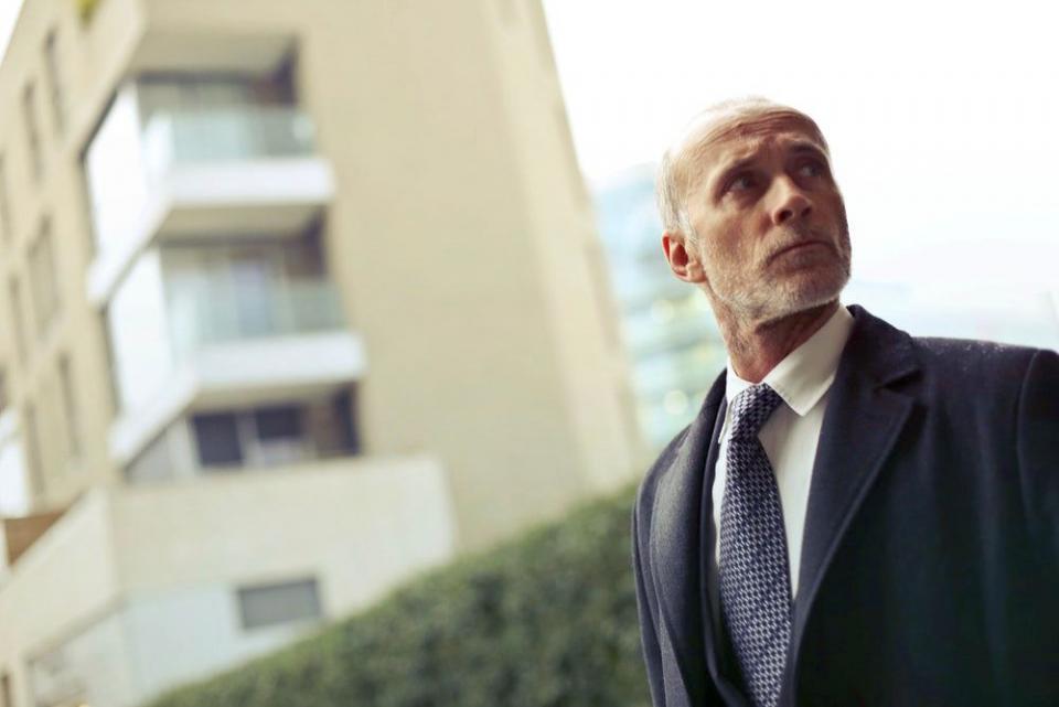 Bărbații trecuți de 50 de ani au un risc mare de osteoporoză