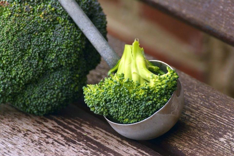 Arată ca o conopidă, dar broccoli e mai bogat în vitamine și minerale