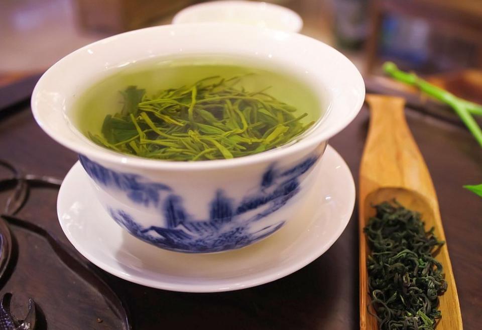 Câteva cești de ceai verde pe zi sunt bune pentru inimă și vase sanguine