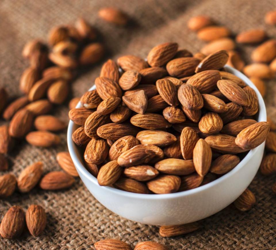 Migdalele ajută la scăderea colesterolului rău
