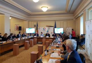 Pacienți, medici, autorități și reprezentanți din industria farmaceutică au lansat Forumul Român de Diabet