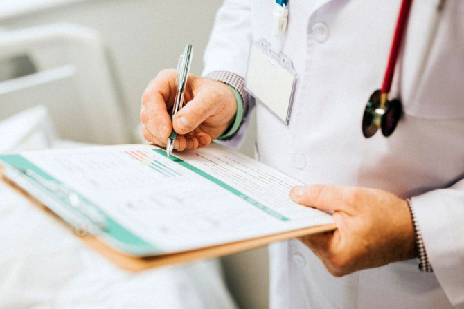 Trimitere de la medic