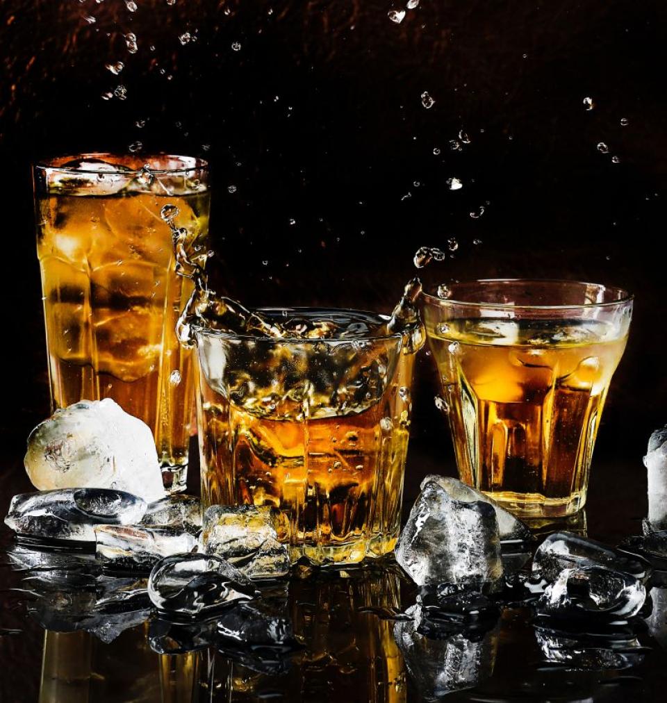 Consumul de alcool     FOTO: pexels.com