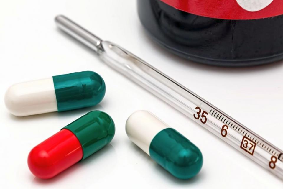 Pentru că sunt folosite prea des și nu conform prescripției, antibioticele ajung să aibă efecte toxice