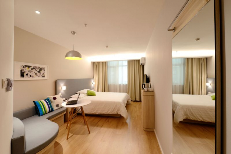 Dacă nu aerisim bine locuința ne poate îmbolnăvi  FOTO: pexels.com