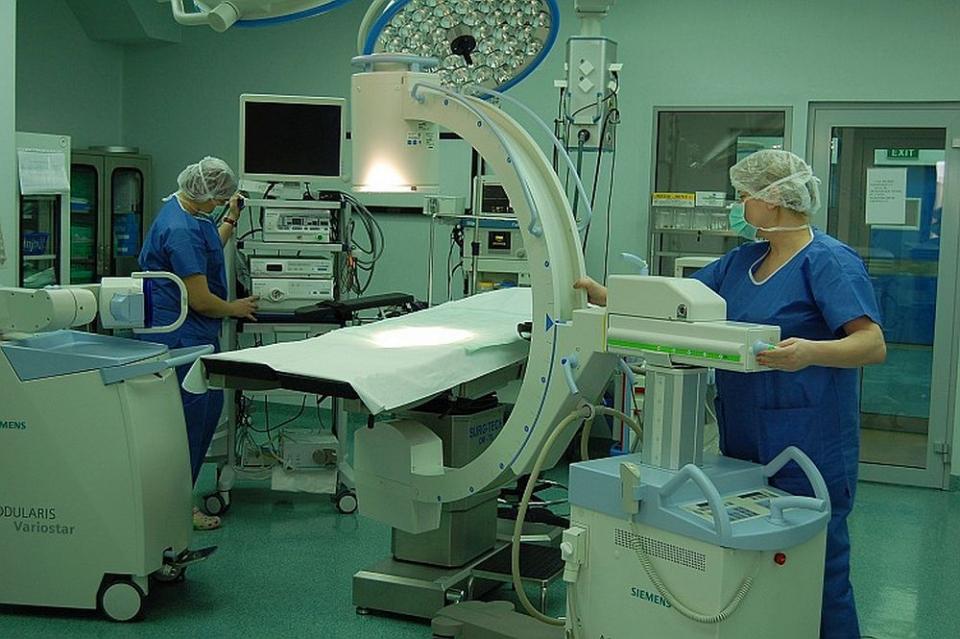 Salile de operație de la Spitalul Cinic Sanador sunt dotate cu turnuri laparoscopice de ultimă generație