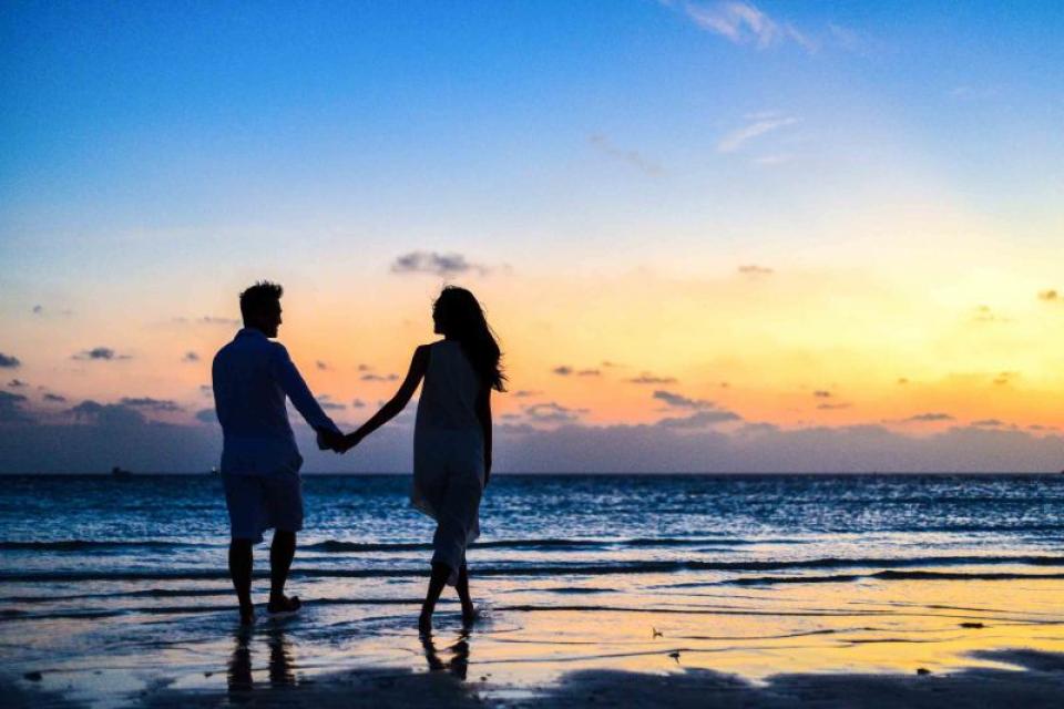 În creierele îndrăgostiților se activează zone ca atunci când oamenii se droghează FOTO: pexels.com
