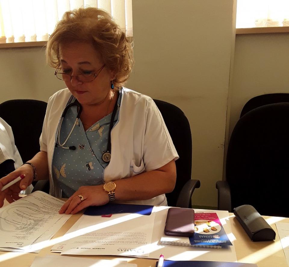Cadrele medicale se pregătesc să obțină cerrtificatul de educator perinatal