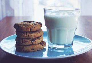 Alimente, aruncat: cât timp puteți ține laptele în frigider și să nu se strice?  FOTO: pexels.com
