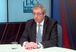 Prof. Dr. Adrian Streinu-Cercel