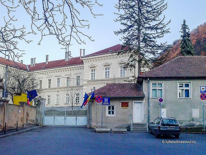 Spitalul Militar din Brașov aniversează astăzi 100 de ani de la trecerea în administrarea Armatei Române. Foto: iubescbrasovul.ro