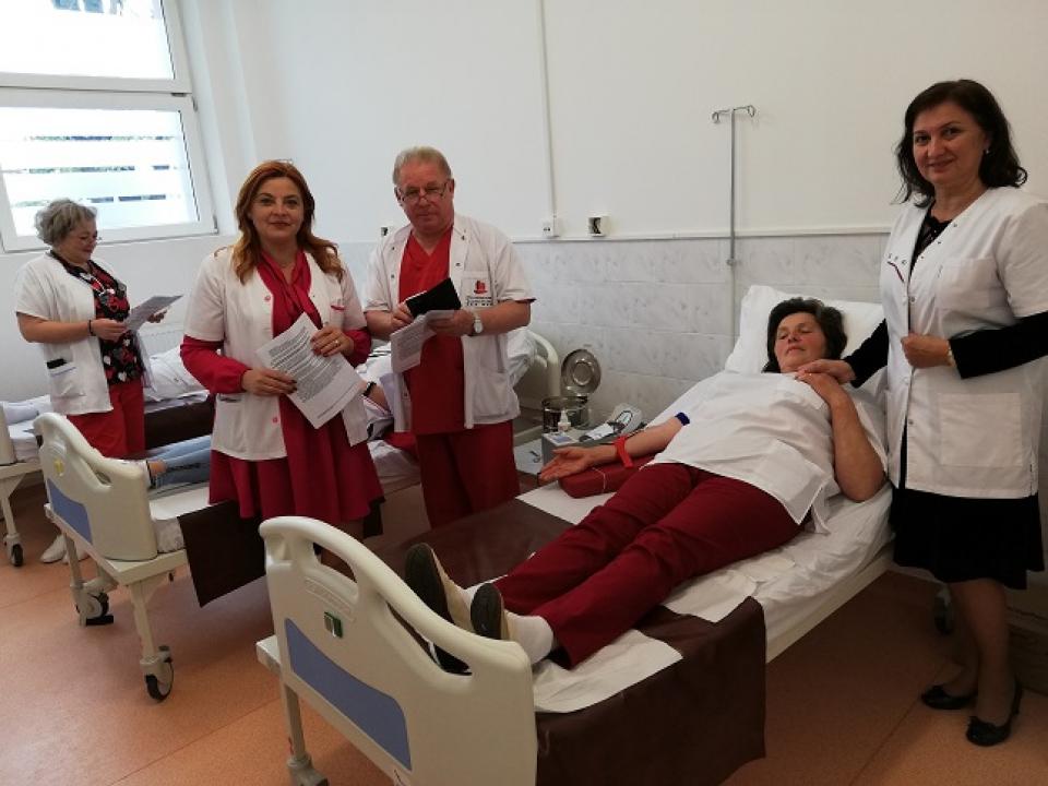 Medici, asistenți și angajați ai spitalului din Baia Mare au donat sânge