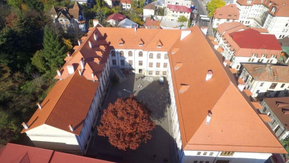 Elevii de la Colegiul Zinca Golescu din Pitești nu s-au dus azi la cursuri