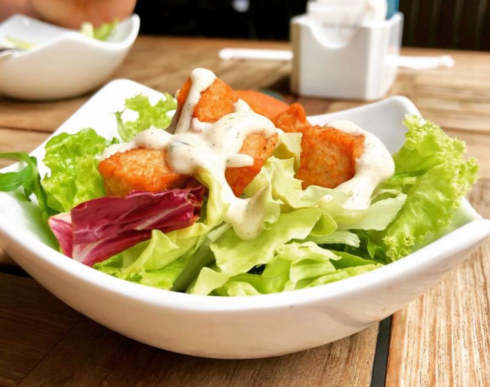 Salată cu sos  FOTO: pexels.com