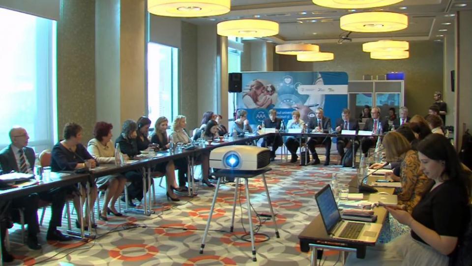 """Workshopul """"Accesul universal la vaccin și vaccinare"""" a adus la aceeași masă medici, politicieni, autorități și jurnaliști"""